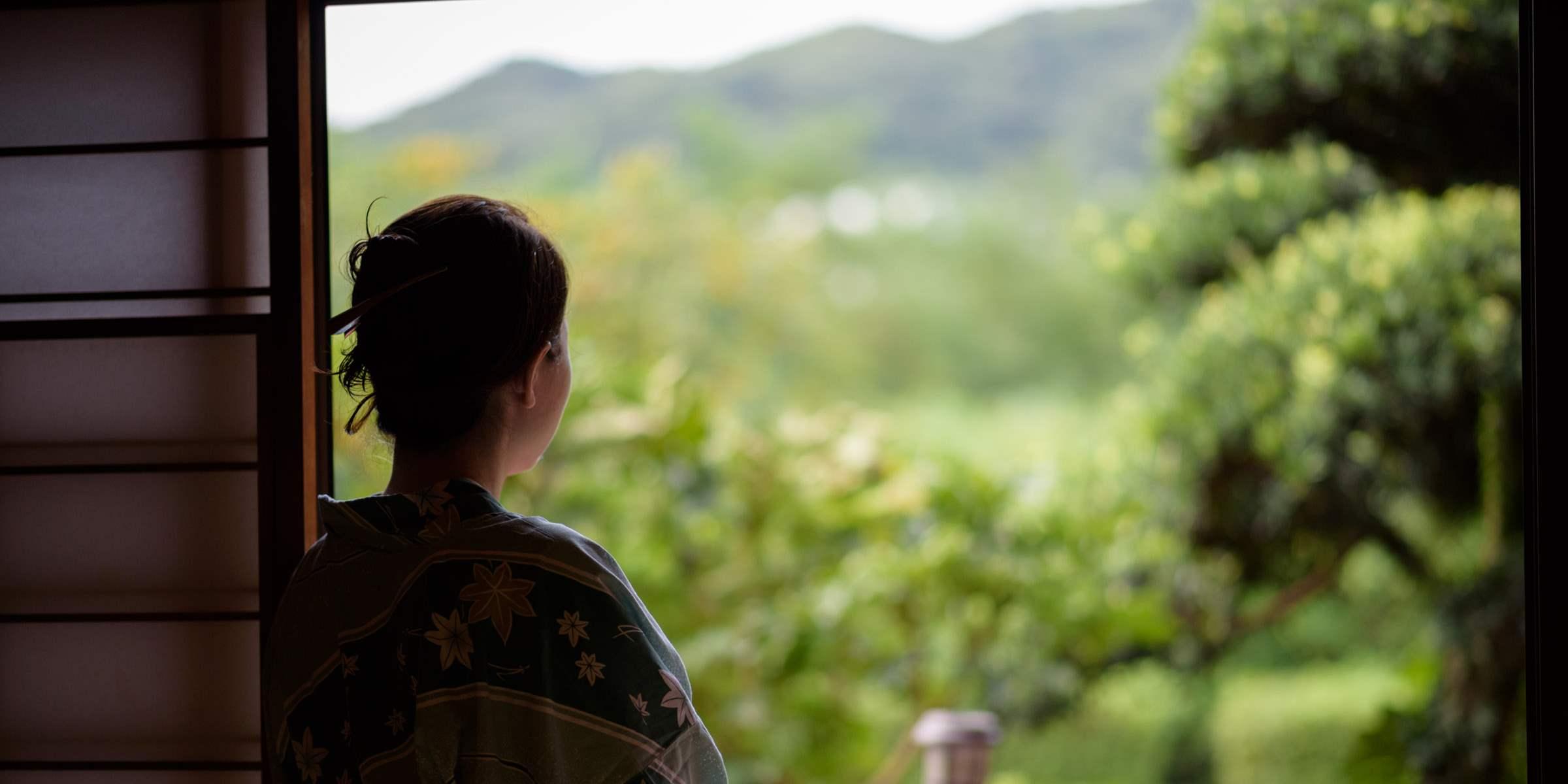 田園風景の中の一軒宿で